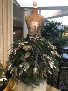 Nalezený obrázek pro christmas tree dress forms