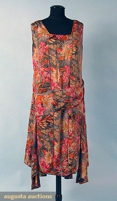PRINTED LAME PARTY DRESS, 1928-1932 -  Red, taupe & cream floral on black ground woven w/ gold metallic thread