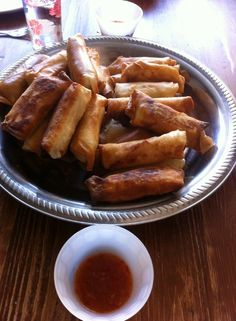 Springrolls and sweetsauce thailand style