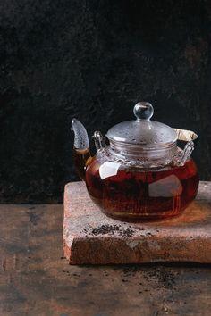 Best Tea Brands, English Breakfast Tea, Spicy Dishes, Earl Grey Tea, Tea Benefits, Tea Blends, My Tea, Tea Recipes, Drinking Tea