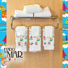 Estampa Fundo do Mar Kids desenvolvida para toalhas de banho.  Disponível em nosso acervo.  Para solicitar essa e/ou outras estampas entre em contato pelo e-mail: contato@estudiolabart.com.br
