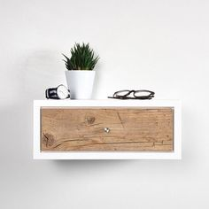 White Floating nightstand bedside table drawer in solid old wood mid century modern / Floating small white side table with drawer End Tables With Drawers, Side Table With Drawer, Brass Lamp, Wood Lamps, Wood Nightstand, Floating Nightstand, Nightstands, Old Wood Floors, Bedside Table Design