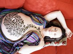 Henna belly painting for shower or blessingway