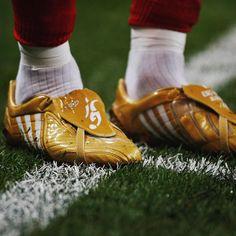 "d9e46bccb5ee  soccerbible on Instagram  ""Becks 👟  davidbeckham  soccerbible   throwbackthursday  tbt  adidasfootball  predator  davidbeckham  beckham"""