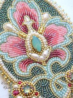 / handmade bead embroidery by olga orlova / Pearl Embroidery, Tambour Embroidery, Bead Embroidery Patterns, Bead Embroidery Jewelry, Beaded Jewelry Patterns, Embroidery Fashion, Beading Patterns, Hand Embroidery, Embroidery Designs