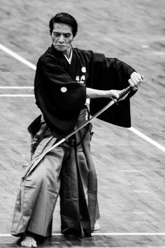 IDE TOMOTA sensei  (Иаидо - Ханши 8 ДАН).