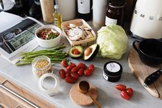 Healthy ingredients for dish preparation Most Nutrient Dense Foods, Xbox One S 1tb, Online Dress Shopping, Nutrition, Cheese, Pure Products, Diet, Healthy, Broccoli Bake