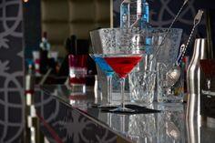 DAVAI @ Milano. Martini, Alcoholic Drinks, Wine, Interior Design, Tableware, Glass, Nest Design, Dinnerware, Home Interior Design