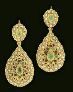 (Morocco) A pair of Moroccan rose-cut diamond inset Gold Earrings. ca century CE. Tribal Jewelry, Gold Jewelry, Jewelery, Fine Jewelry, Ancient Jewelry, Antique Jewelry, Vintage Jewelry, Moroccan Jewelry, Indian Jewelry