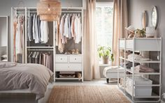 Otevřená šatní skříň, jednoduše elegantní