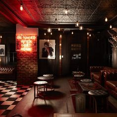 Johannesburg speakeasy Hell's Kitchen summons the devilish glamour of New York. speakeasy Hell's Kitchen Johannesburg summons the devilish glamour of New York Pub Interior, Bar Interior Design, Pub Design, Restaurant Design, Sport Bar Design, Luxury Restaurant, Bar Lounge, Lounge Club, Cafe Bar