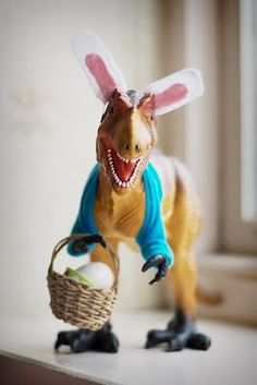 Happy Easter!  Haha, can I borrow somebody's kids so I can have this in my house without being weird?