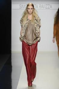 Simonetta Ravizza - Spring Summer 2013 Ready-To-Wear - Shows - Vogue.it