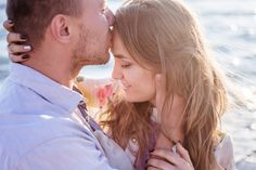 How does a couple really maintain a sense of happiness and intimacy in a relationship? How is it that the strongest couples are able to sustain their love and… Dating Quotes, Dating Advice, Marriage Advice, Photo Couple, Couple Photos, Couple Stuff, Strong Couples, Happy Couples, Colombian Women