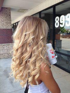 https://flic.kr/p/vy5Z2d | blonde long hair | Long hair
