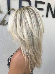 Medium Hair Cuts, Medium Hair Styles, Short Hair Styles, Layered Haircuts For Medium Hair, Blonde Layered Hair, Medium Length Hair Cuts With Layers, Blonde Layers, Short Blonde, Frontal Hairstyles