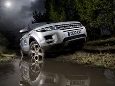 Land Rover Evoque by Tim Wallace, via 500px