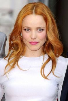 Rachel McAdams debuts new strawberry blonde shade - August 2013 Rachel Mcadams Hair, Rachel Hair, Shades Of Blonde, Hair Shades, Oval Face Hairstyles, Celebrity Hairstyles, Popular Hairstyles, Remy Human Hair, Human Hair Wigs