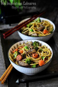 recette Nouilles chinoises sautées aux légumes et boeuf Samar, Noodle Recipes, Japchae, Noodles, Food And Drink, Cooking, Ethnic Recipes, Rice, Chinese Recipes