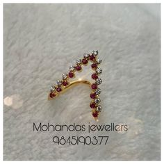 Gold Jewelry Simple, Gold Rings Jewelry, Womens Jewelry Rings, Gold Jewellery, Latest Jewellery, Jewelery, Gold Ring Designs, Gold Earrings Designs, Necklace Designs