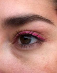 #defibeaute #ELLEfr http://www.elle.fr/Beaute/News-beaute/Make-up/LeDefiBeaute-la-redac-voit-la-vie-en-rose-fuchsia-2695866