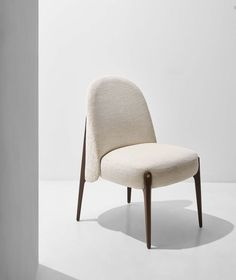 Plywood Furniture, Dining Furniture, Furniture Decor, Furniture Design, Modern Chair Design, Plywood Art, Modern Dining Chairs, Kitchen Chairs, Room Chairs