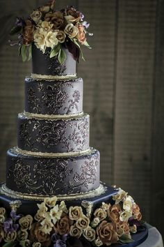 Vintage wedding cake we can help achieve this look at dallas foam