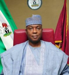 Saraki Blocks APC Senators From Reading Party's Letter During Plenary - http://www.nigeriawebsitedesign.com/saraki-blocks-apc-senators-from-reading-partys-letter-during-plenary/