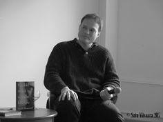Kirjabloki : Suomalainen Kirjakauppa & Otava: viehättävä syvällinen Garth Greenwell ja queer-kirja jossa painetaan kruisaillen...