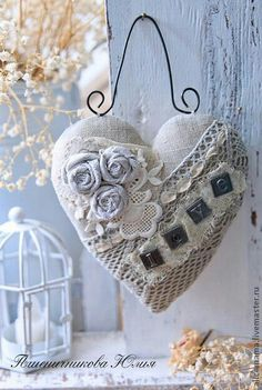 Fabulous Tips and Tricks: Shabby Chic Dining Plate Racks shabby chic ideas repurposed.Shabby Chic Bedroom On A Budget. Valentine Crafts, Valentines Day, Valentine Ideas, Decoration Shabby, Fabric Hearts, Fabric Flowers, Shabby Chic Crafts, I Love Heart, Heart Crafts