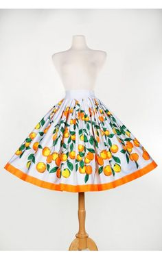 Pinup Couture - Jenny Skirt in Orange Branch Border Print - Pinup Girl Clothing Love Fashion, Retro Fashion, Vintage Fashion, Fashion Outfits, Vintage Clothing Styles, Vintage Style Outfits, Clothing Ideas, Pin Up Style, My Style