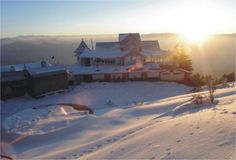 Budget ,Luxury And Cheap Resort In Shimla.Snow King Retreat is  One of the Best Hotel & Resort & multi-cuisine restaurant in Shimla . Snow King Retreat is perfect gateway forthe discerning adventurer  offering a magical and unforgettable experience in the mountains.