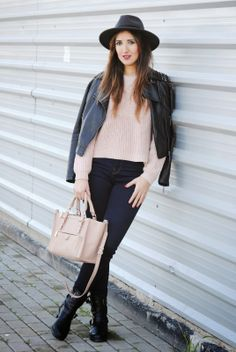Pale pink http://www.fashion-south.com/2014/02/pale-pink.html
