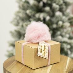 Christmas Gift Guide, Xmas Gifts, Christmas Crafts, Wooden Tags, Wooden Gifts, Christmas Words, Simple Christmas, Craft Kits, Diy Kits