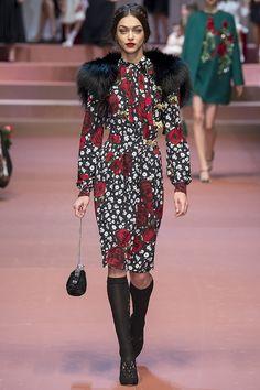 dolce-gabbana-fw15-mfw-runway-78 – Vogue