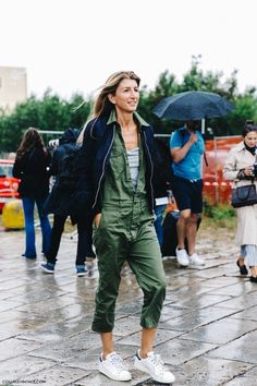vintage coveralls street style with layered light weight jacket and adidas Street Style Chic, Milan Fashion Week Street Style, Milan Fashion Weeks, Sneakers Fashion Outfits, Casual Outfits, Mode Style, Style Me, Daily Fashion, Love Fashion