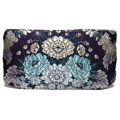 portatodo fallera @ con detalles florales, realizados en tela de seda y cuero. fallera bag with floral pattern. #bag #clutch #bolso http://fallera.com/es/bolsos/bc002012-detail