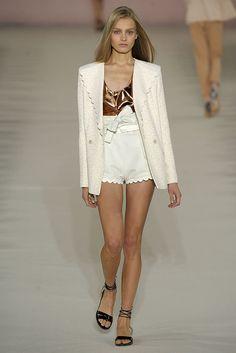 Chloé Spring 2009 Ready-to-Wear Fashion Show - Anna Jagodzinska