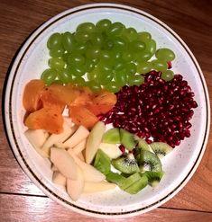 Früchteteller unser Abendessen Teller, Cantaloupe, Plates, Fruit, Creative, Food, Food Dinners, Licence Plates, Dishes