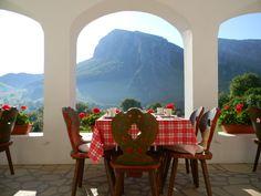 Vacanță de poveste, la preț de nerefuzat, în Elveția României (300 lei: 2 nopți, 4 mese, papa bun)