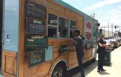Food trucks are an affordable alternative to opening a new restaurant. Here's what you need to know about opening your food truck business. Food Truck Cost, Vegan Food Truck, Starting A Food Truck, Food Truck Menu, Best Food Trucks, Food Truck Design, Taco Food Truck, Food Truck For Sale, Food Cost