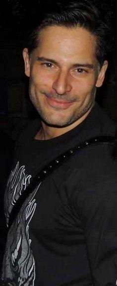 Joe Manganiello. Adoring this look.