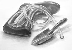Realistic Pencil Drawings, Pencil Sketch Drawing, Pencil Shading, Art Drawings, Still Life Drawing, Technical Drawing, Black Pencil, Pictures To Draw, Drawing Reference