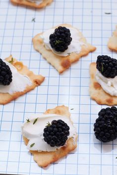 Cracker, Party Buffet, Blackberry, Super, Fruit, Food, Snow White Pictures, Blackberries, Food Food