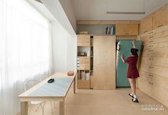 A obra enxuta, concentrada em apenas um cômodo de 20 m² do apartamento em Tel-Aviv, trouxe à proprietária um novo e versátil ateliê, capaz de virar quarto de hóspedes.