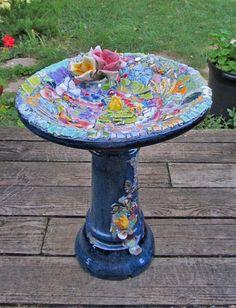 Melissas Motifs Pique Assiette Garden Art -- Mosaic Bird Bath, Pre-Grout