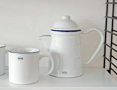 Coffee Mug   ceramic enamel-look   classic white  #cabanaz #capventure #dutchdesign #product #enamellook