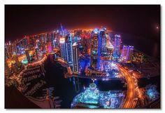 Dubai at Night. Sin ninguna duda es una ciudad más iluminada de noche que de día...