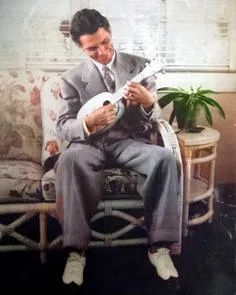 Man playing ukulele. Vintage image colorized by Steve Smith Colorized History, Colorized Photos, Steve Smith, White Image, Famous Faces, Ukulele, Vintage Images, Vintage Black, Vintage Pictures