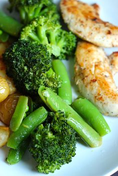 Easy Ways to Season Vegetables - Seasoning vegetables doesn't have to be rocket science, but can be the difference between okay side dishes ...